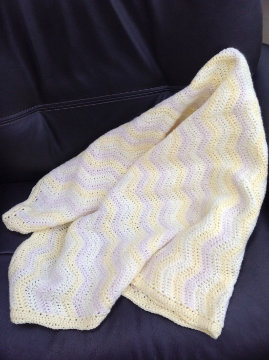 Ripple pattern crotchet baby blanket