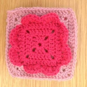 4 hearts - granny square